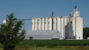 Enjoying the Grain Elevators?